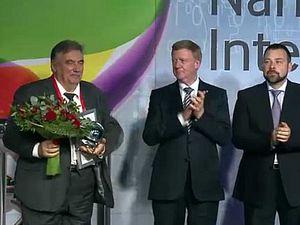 Чубайс вручил зеленоградским ученым международную премию