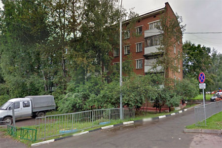 Житель 19-го микрорайона зарезал в квартире гостя из Москвы