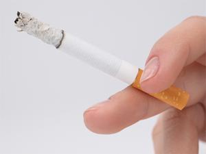В подъездах домов вывесят памятки для курильщиков