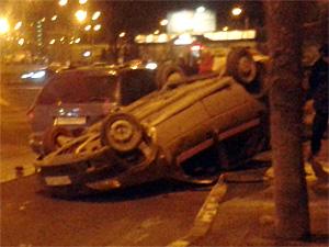 Такси «Ракета» заявило о непричастности к ДТП с «перевертышем»