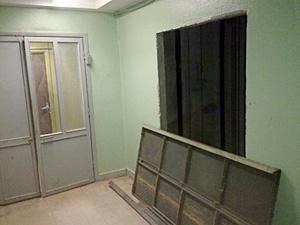 В 2012 году лифты заменят в трех корпусах