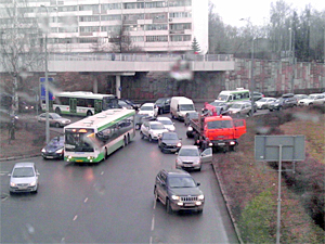 Из-за аварии заблокировано движение на Московском проспекте и Савелкинском проезде