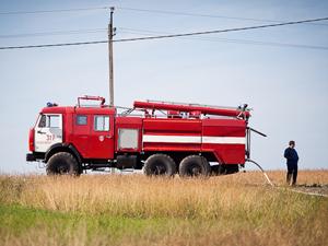 Пожарные потушили 500 кв. метров горящей травы