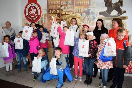 Женсовет УВД Зеленограда познакомил детей с секретами производства конфет