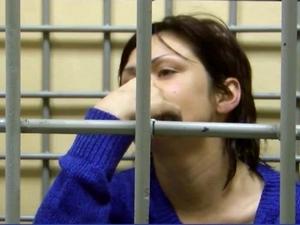 В Андреевке задержали украинку с героином в перчатке