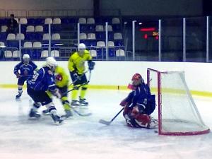 Хоккеисты пополнили очковую копилку в Брянске