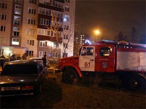 На пожаре в 7-м микрорайоне спасли 11 взрослых и 6 детей
