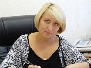 Вопрос о возвращении к работе Елена Травина решит в отпуске