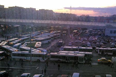 Авария собрала у станции Крюково больше сорока автобусов
