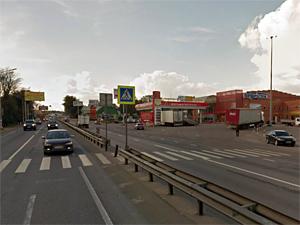 Пешеходный мост в Черной грязи откроют в марте