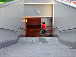 На Панфиловском отключают светофоры и открывают подземные переходы