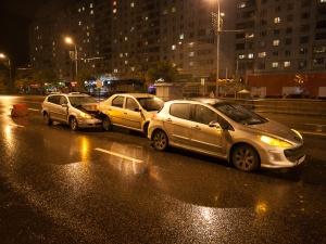На месте дорожных работ у ТЦ «Ольга» продолжают биться машины