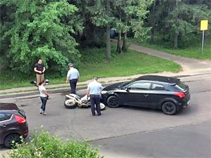 Под окнами управы района Силино пострадал мотоциклист