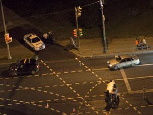 Автомобиль протаранил и перевернул стоящую машину на Панфиловском проспекте