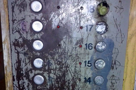 Все лифты возрастом более 25 лет заменят к 2018 году