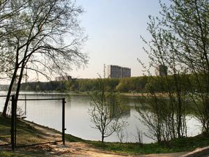 На Школьном озере при купании умер пенсионер