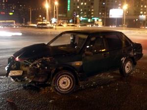 Два человека пострадали в ДТП у Крюковской эстакады