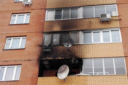 Из-за новогоднего фейерверка в 18-м микрорайоне сгорела квартира