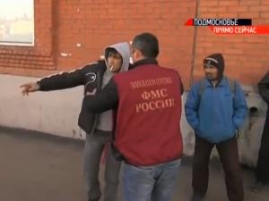 На рынке в Черной грязи идет миграционная проверка