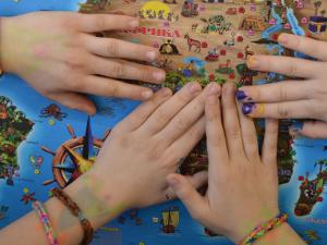 В семейном клубе Forward Family Club стартовал познавательный проект для детей «Мир открытий»