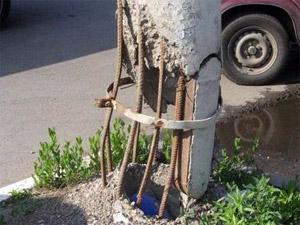 В Зеленограде заменят аварийные фонарные столбы