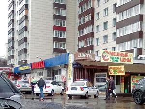 На Крюковской площади таксист сбил пенсионерку