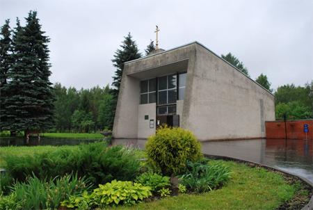 К часовне на кладбище в Восточной коммунальной зоне пристроят арку с куполом и крестом