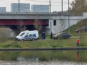 Пенсионер умер после прыжка с моста у МИЭТа