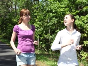 Женщин приглашают пробежать 3 километра по лесу