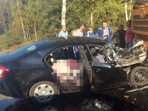 Авария на Пятницком шоссе унесла жизни нескольких человек