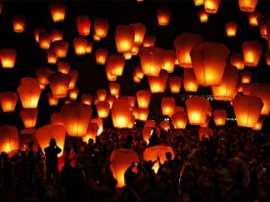 Уикенд 12 и 13 ноября: «Война Богов: Бессмертные», массовый запуск небесных фонариков, «Рецепт семейного счастья», «Кривое зеркало»