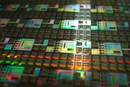 Микросхемы «Микрона», «Миландра» и «Элвиса» отметили премией «Золотой чип»