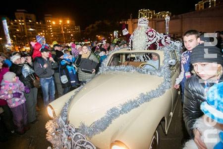 Дед Мороз на кабриолете