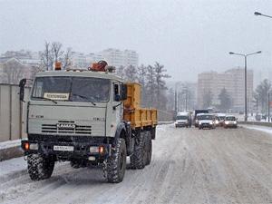 Автобусы высаживали пассажиров на Крюковской эстакаде