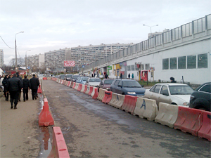 Въезд на Крюковскую площадь сузили до одной полосы