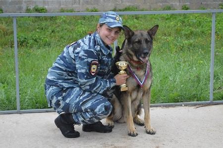 Служебная собака из Зеленограда стала лучшей в Москве по поиску наркотиков