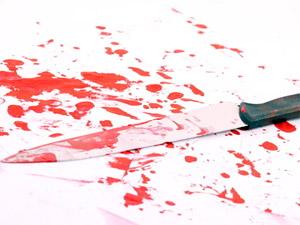 Уроженец Северного Кавказа порезал ножом и ограбил свою знакомую