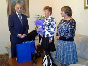 Заступившуюся за азербайджанца зеленоградку принял посол республики
