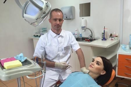 В клинике «ДЕТСТВО Плюс» ведет прием врач-стоматолог ортопед Дмитрий Скурихин