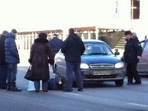 На светофоре у торгового дома «Крюково» сбили трех пешеходов