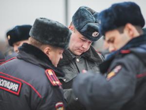 В подъездах домов задержали двух мужчин с героином