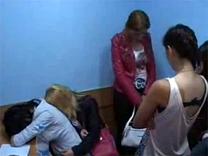 14 проституток побывали в отделе полиции в 18-м микрорайоне