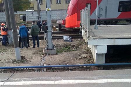 Электричка переехала мужчину на станции Крюково