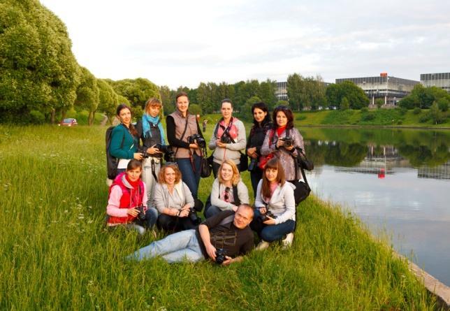 Фотошкола «ОБЪЕКТИВно о главном» проводит набор на летний «Базовый курс» для начинающих фотографов