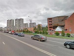 На Панфиловском проспекте из-за подрезавшей автобус легковушки пострадала пассажирка