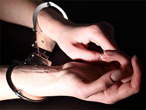 Участковых осудили за стрижку проституток