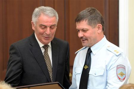 Глава полиции Москвы поблагодарил заступившихся за автоинспектора Новикова общественников