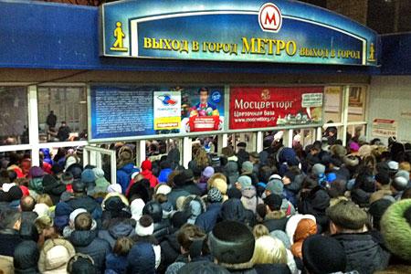 На Ленинградском вокзале закроют пешеходный тоннель к метро