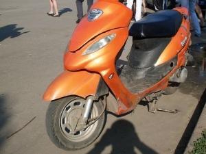 Подростки продали украденный скутер первому встречному