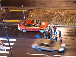 На переходе через улицу Андреевку сбили женщину